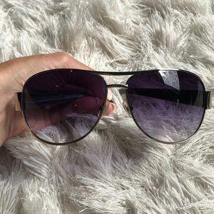 Fosssil aviator sunglasses
